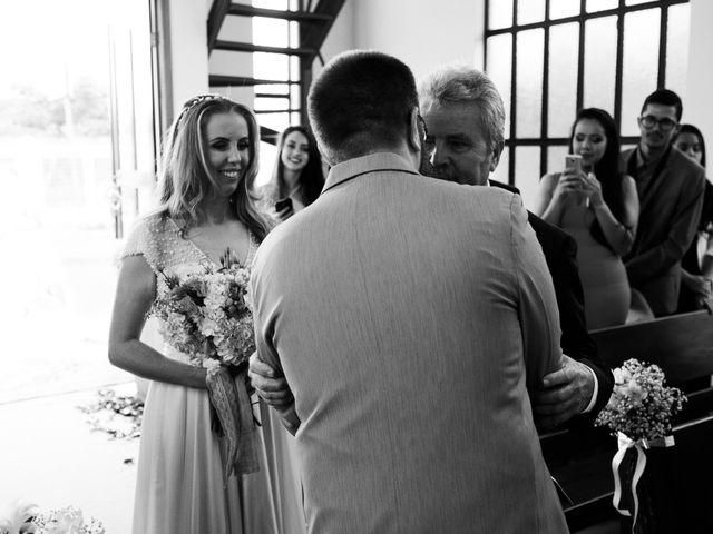 O casamento de Stuart e Luiza em Curitiba, Paraná 12