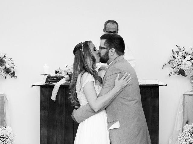 O casamento de Stuart e Luiza em Curitiba, Paraná 21