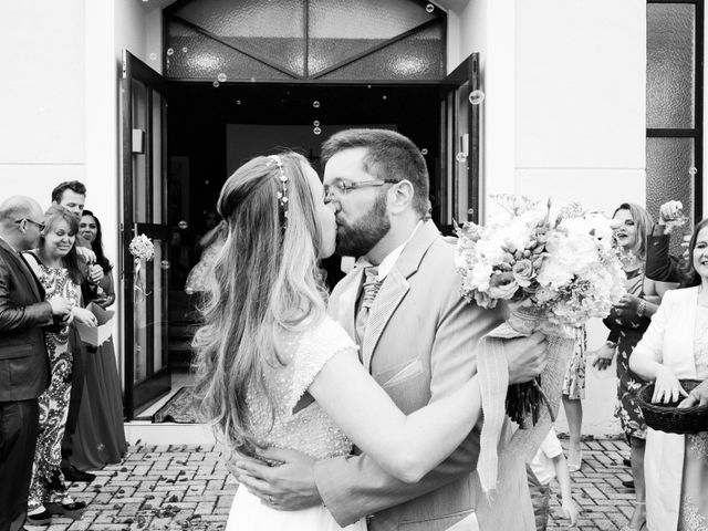 O casamento de Stuart e Luiza em Curitiba, Paraná 23