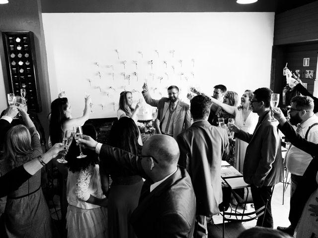 O casamento de Stuart e Luiza em Curitiba, Paraná 29
