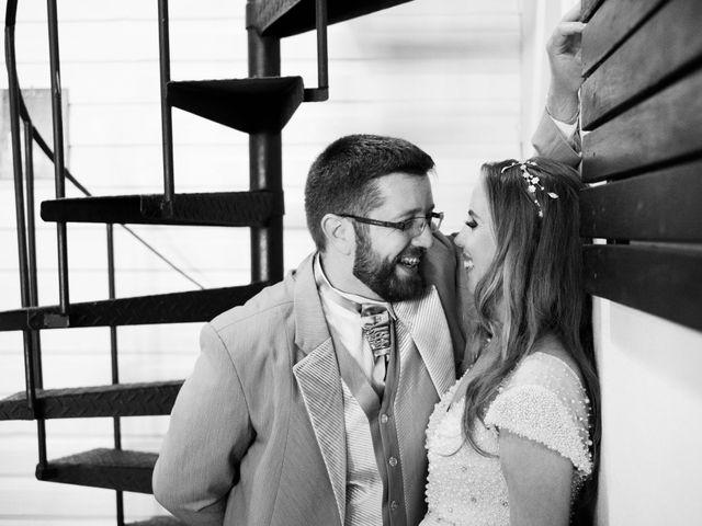 O casamento de Stuart e Luiza em Curitiba, Paraná 31