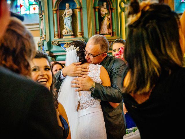 O casamento de Lucas e Bruna em Curitiba, Paraná 27
