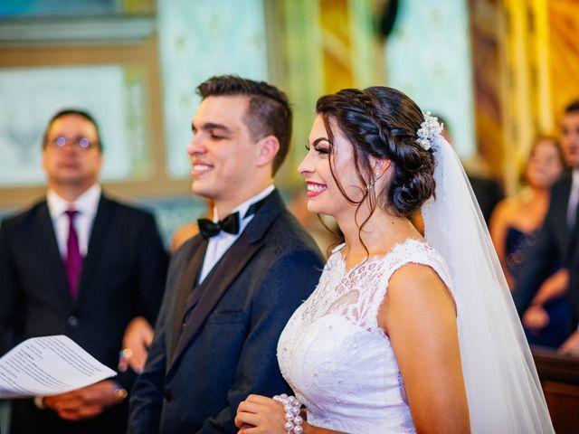O casamento de Lucas e Bruna em Curitiba, Paraná 29