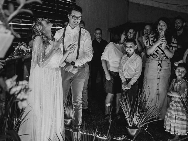 O casamento de João e Barbara em Santa Cruz da Serra, Rio de Janeiro 31