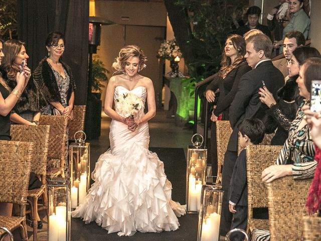O casamento de Renato e Maythe em São Paulo, São Paulo 16