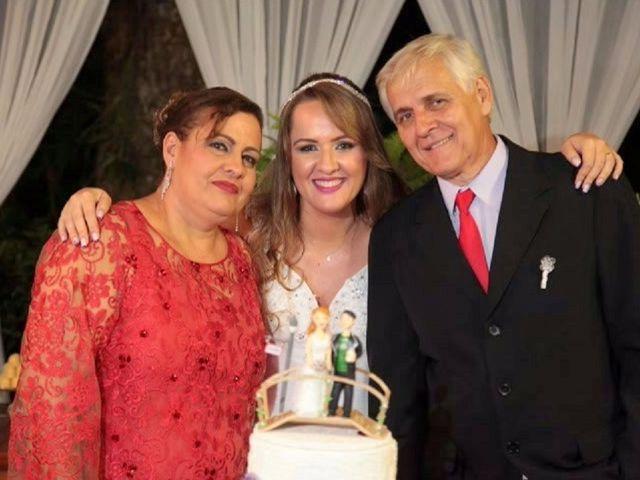 O casamento de Marlon e Éricka em Piacatuba, Minas Gerais 37
