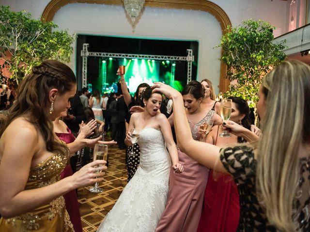 O casamento de Andre e Carol em Curitiba, Paraná 23