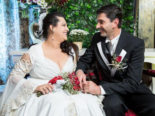 O casamento de Ronildo e Mislene em Agrolândia, Santa Catarina 13
