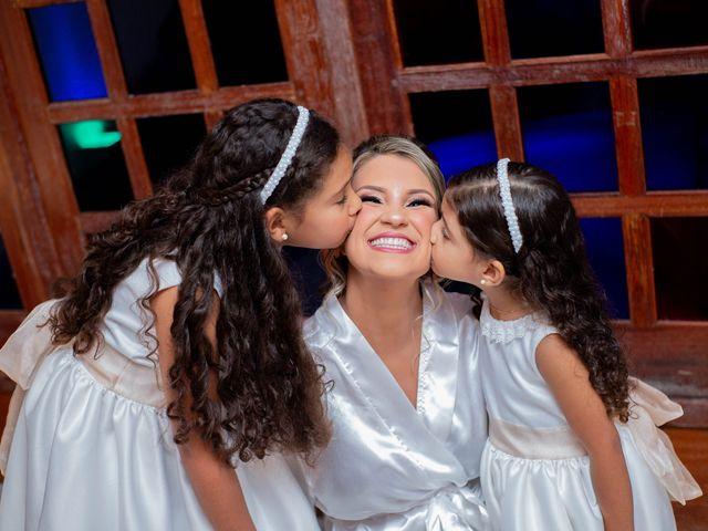 O casamento de Roney e Amanda em Belo Horizonte, Minas Gerais 17