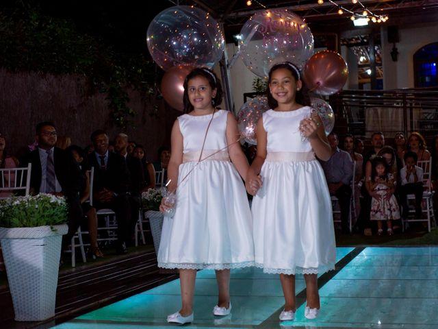 O casamento de Roney e Amanda em Belo Horizonte, Minas Gerais 25