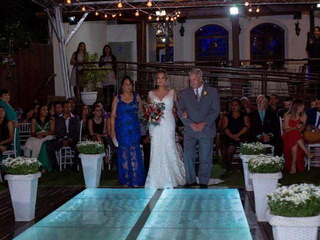 O casamento de Roney e Amanda em Belo Horizonte, Minas Gerais 28