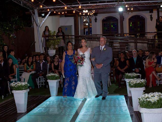 O casamento de Roney e Amanda em Belo Horizonte, Minas Gerais 29