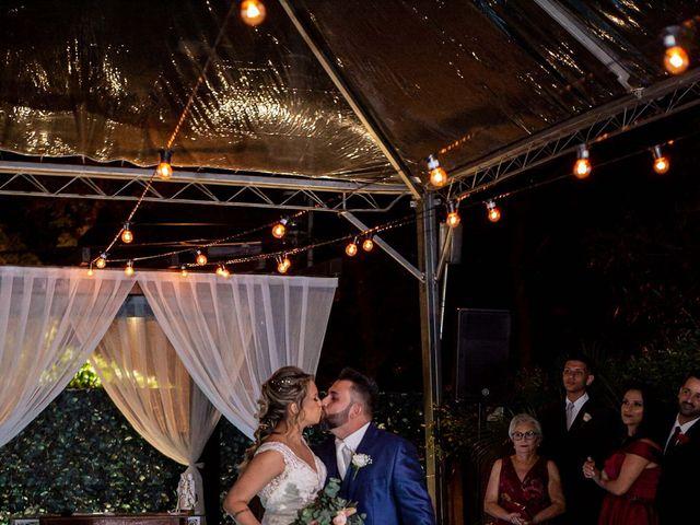 O casamento de Roney e Amanda em Belo Horizonte, Minas Gerais 45