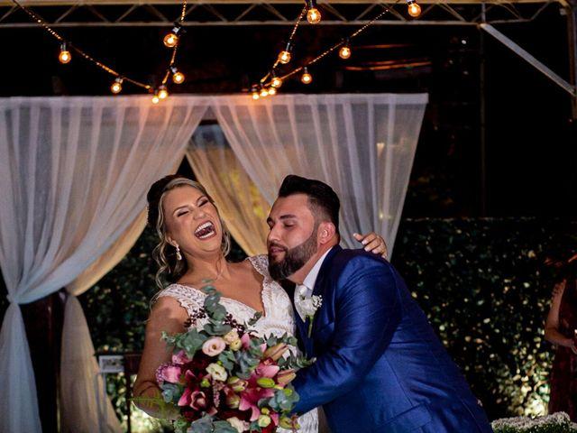O casamento de Roney e Amanda em Belo Horizonte, Minas Gerais 48
