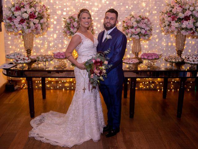 O casamento de Roney e Amanda em Belo Horizonte, Minas Gerais 49