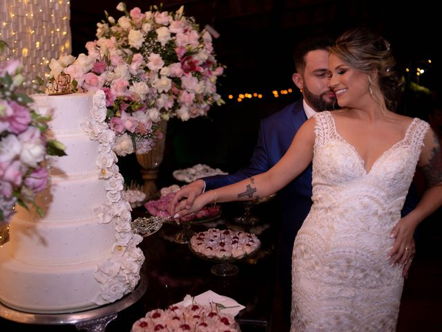O casamento de Roney e Amanda em Belo Horizonte, Minas Gerais 54