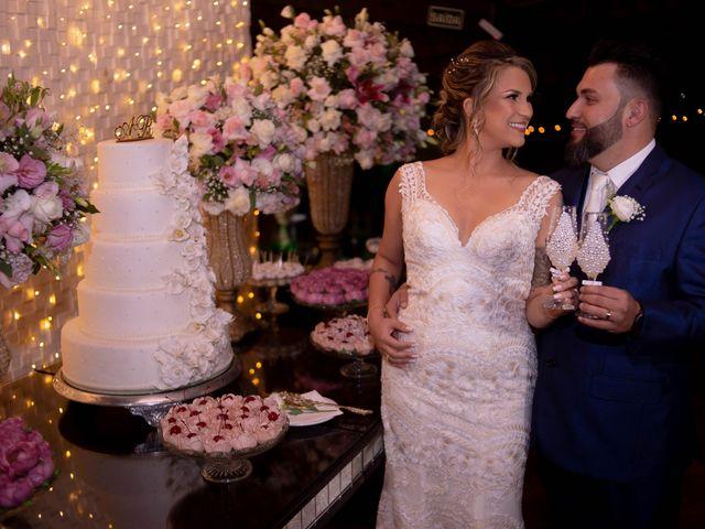 O casamento de Roney e Amanda em Belo Horizonte, Minas Gerais 56