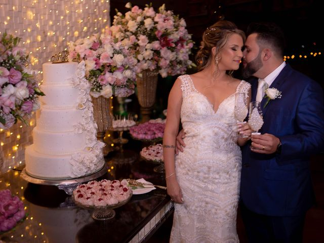 O casamento de Roney e Amanda em Belo Horizonte, Minas Gerais 57