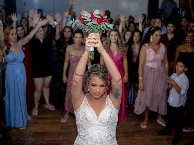 O casamento de Roney e Amanda em Belo Horizonte, Minas Gerais 79