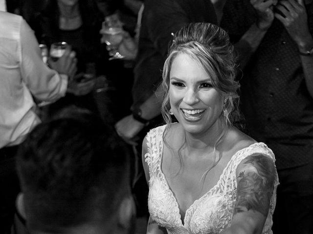 O casamento de Roney e Amanda em Belo Horizonte, Minas Gerais 95