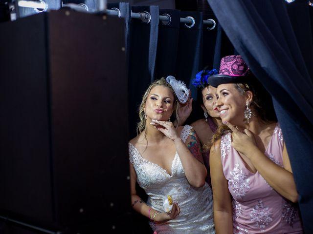 O casamento de Roney e Amanda em Belo Horizonte, Minas Gerais 99