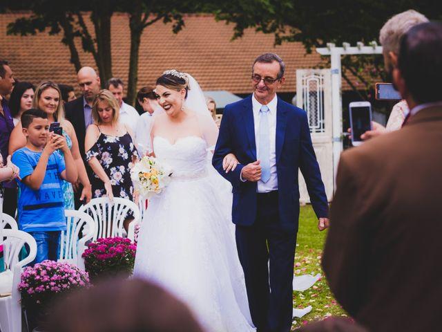 O casamento de Luis e Alexandra em Colombo, Paraná 11