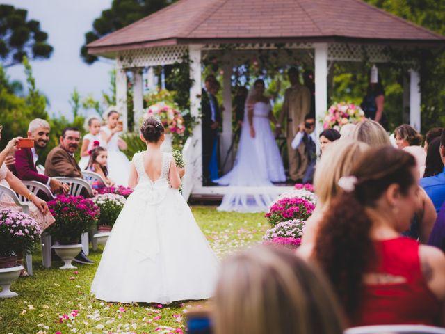 O casamento de Luis e Alexandra em Colombo, Paraná 14