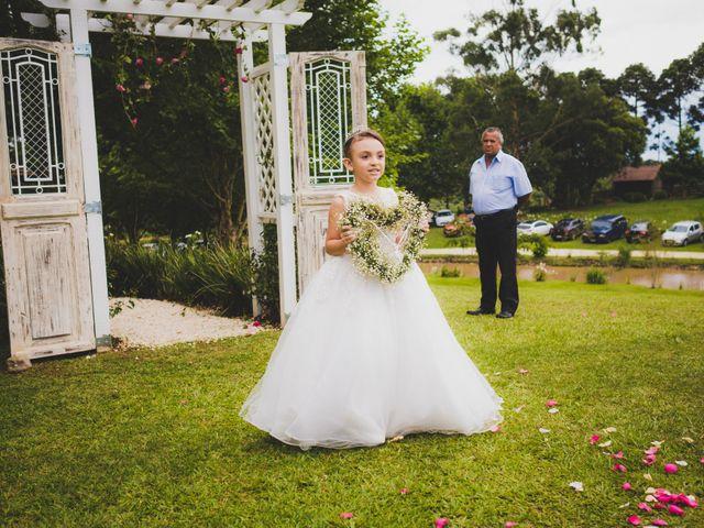 O casamento de Luis e Alexandra em Colombo, Paraná 15
