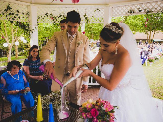 O casamento de Luis e Alexandra em Colombo, Paraná 18