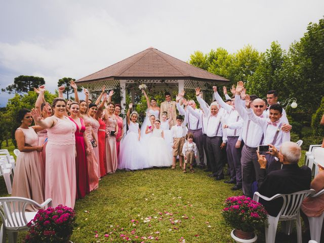 O casamento de Luis e Alexandra em Colombo, Paraná 22