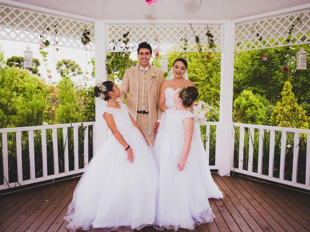 O casamento de Luis e Alexandra em Colombo, Paraná 24