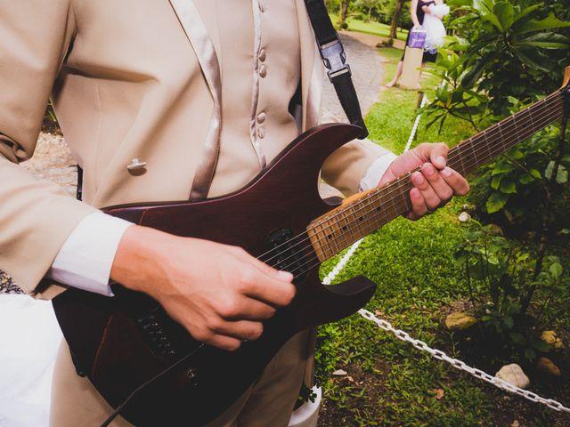 O casamento de Luis e Alexandra em Colombo, Paraná 27