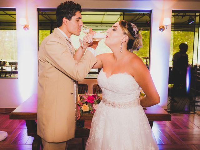 O casamento de Luis e Alexandra em Colombo, Paraná 29