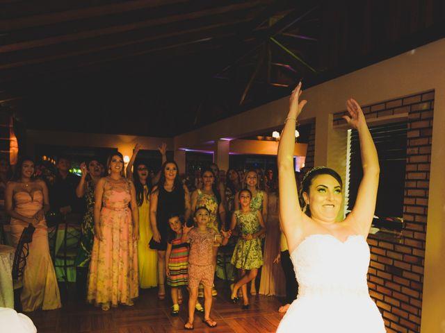 O casamento de Luis e Alexandra em Colombo, Paraná 30