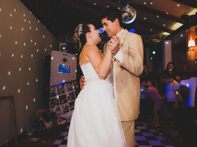 O casamento de Luis e Alexandra em Colombo, Paraná 32