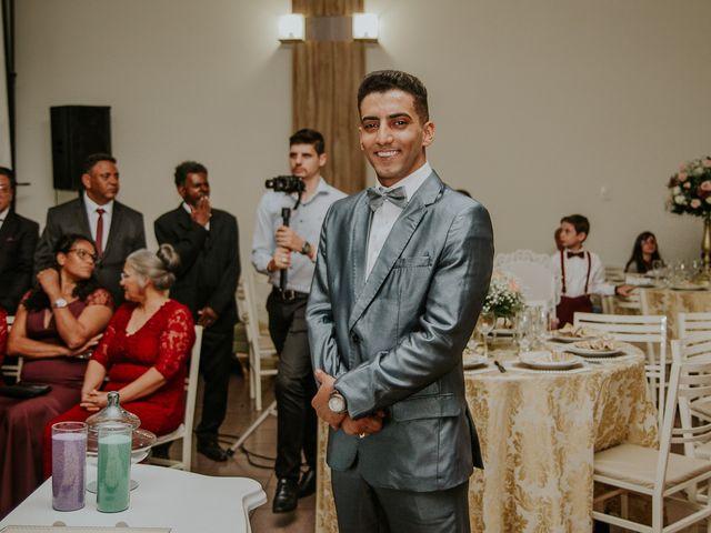 O casamento de Gabriel e Jhennyfer em Marialva, Paraná 28