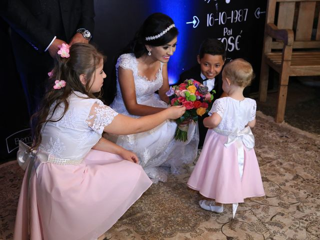 O casamento de Anderson e Juliana em Arapongas, Paraná 23