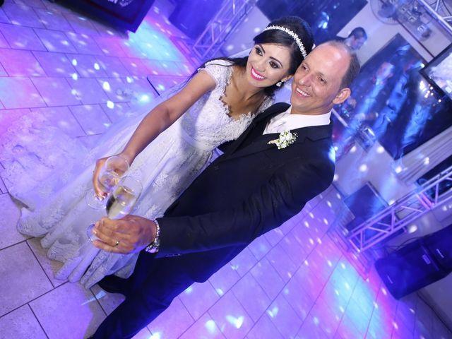 O casamento de Anderson e Juliana em Arapongas, Paraná 140