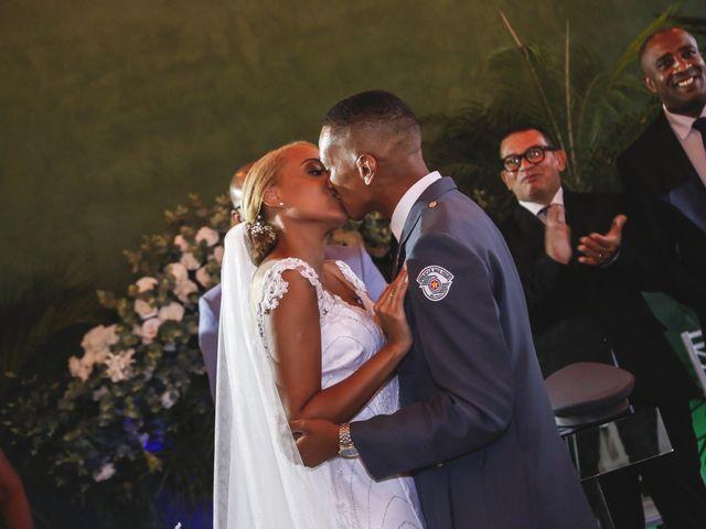 O casamento de Henrique e Victoria em Suzano, São Paulo 21