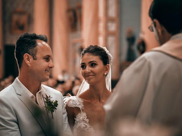O casamento de Tércio e Marcella em Curitiba, Paraná 16
