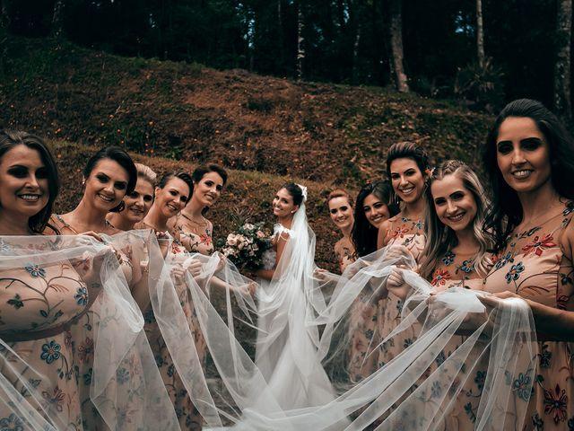 O casamento de Tércio e Marcella em Curitiba, Paraná 26