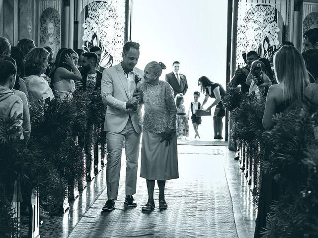 O casamento de Tércio e Marcella em Curitiba, Paraná 56