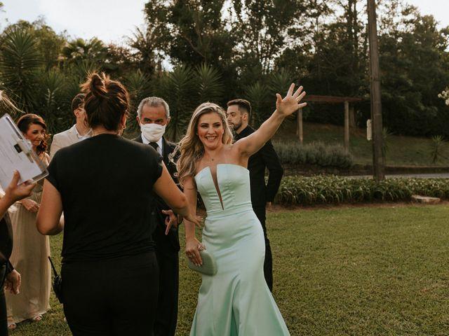 O casamento de Cauê e Beatriz em Curitiba, Paraná 54