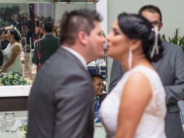 O casamento de Jean e Viviane em Curitiba, Paraná 1