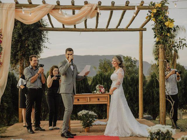 O casamento de Matheus e Tais em Sapiranga, Rio Grande do Sul 24