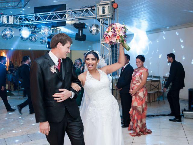 O casamento de Djonatan Crestani e Kris Maciel em Campo Novo do Parecis, Mato Grosso 13