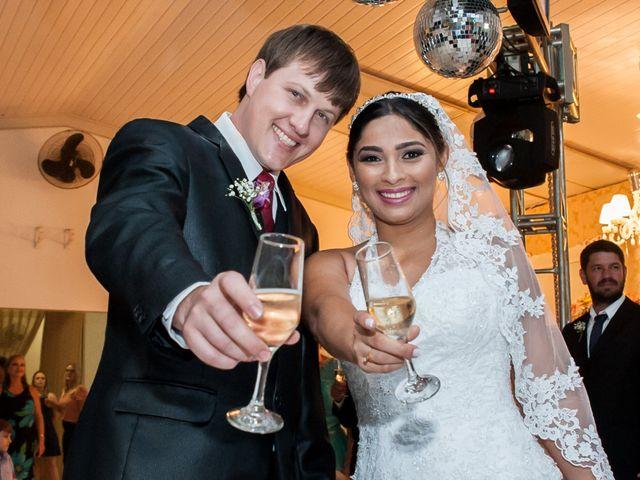 O casamento de Djonatan Crestani e Kris Maciel em Campo Novo do Parecis, Mato Grosso 15
