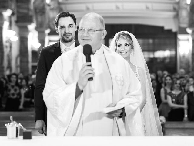 O casamento de Ricardo e Priscila em Porto Alegre, Rio Grande do Sul 48