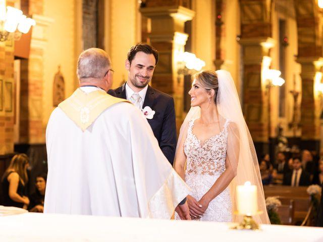 O casamento de Ricardo e Priscila em Porto Alegre, Rio Grande do Sul 52