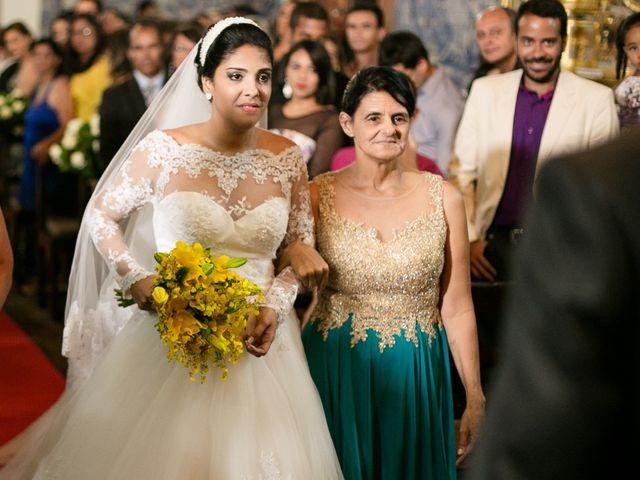 O casamento de Erisvaldo e Helena em Cachoeira, Bahia 14